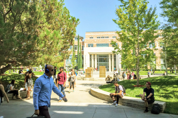 Students at Chapman University enjoy the perfect Californian weather outside Leatherby Libraries.