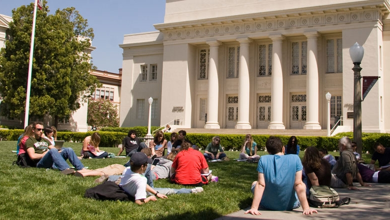 essay on university Our experienced and dedicated writers produce a wide range of model papers including thesis papers, dissertations, custom essays 2018 best university papers.