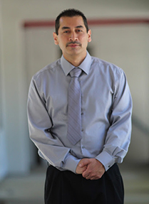 headshot photo of Dr. Ruben Espinoza