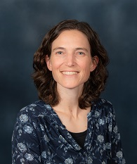 headshot photo of Dr. Rosalee Hellberg